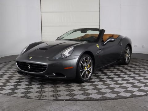 Pre-Owned 2011 Ferrari California 2dr Convertible